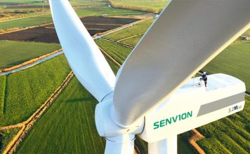 Wind turbine manufacturers urge government to move forward with renewables